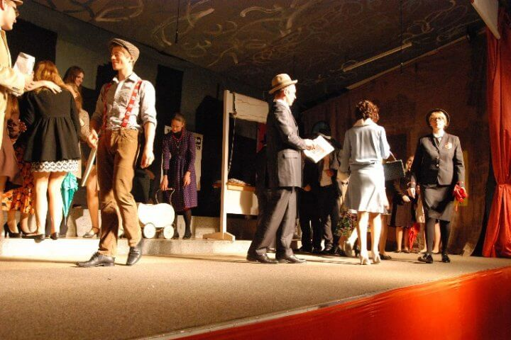 "Musical ""Guys and Dolls"""